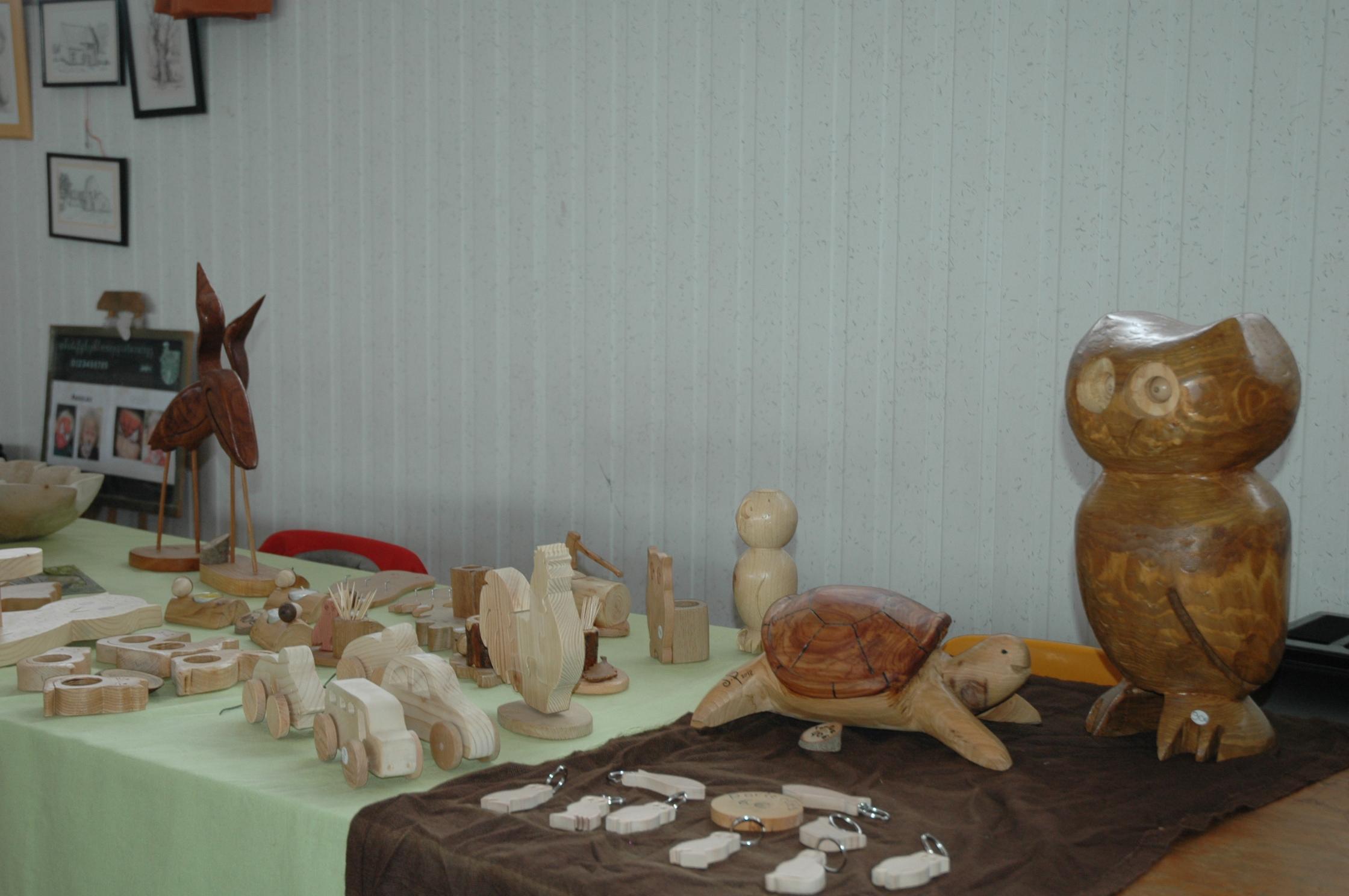 Chene Bois Cerilly : brocante artisanale allier cher Association touristique – Centre